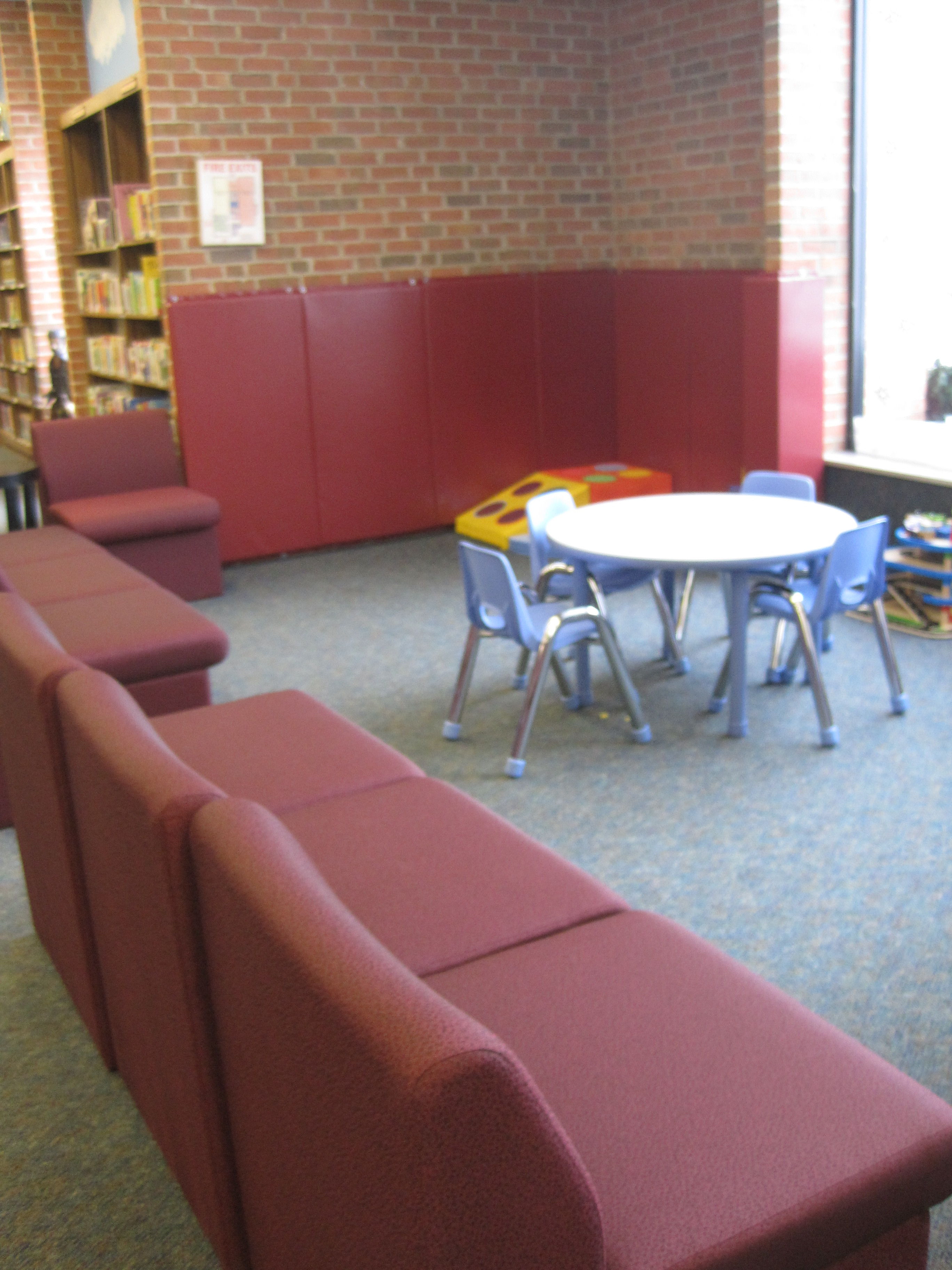 Tremont Early Lerning Center play corner and chairs