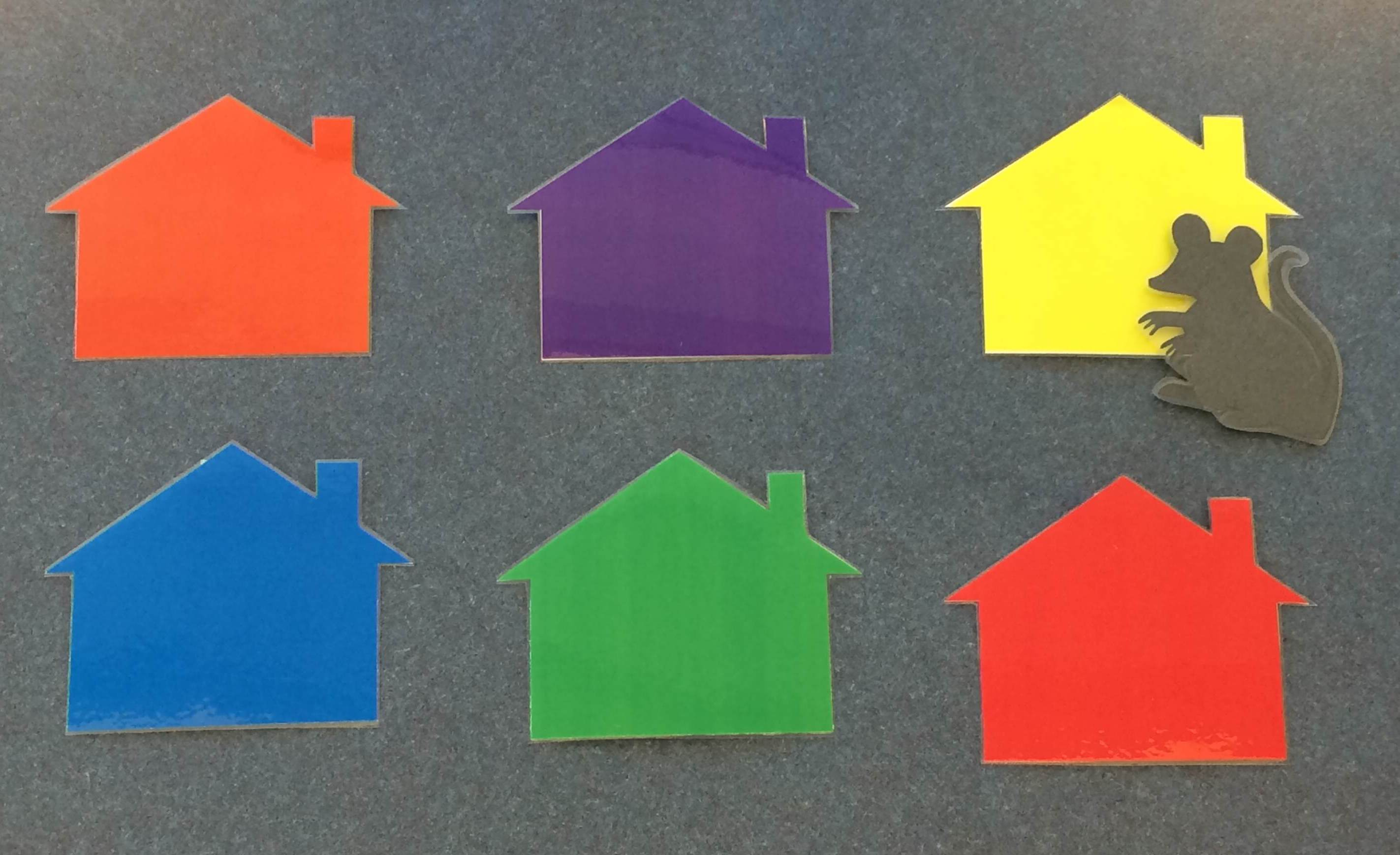 6 different colored houses and 1 mouse
