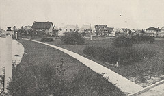 Bedford Park, now known as Triangle Park in 1918. Early Upper Arlington homes can be seen in the background.
